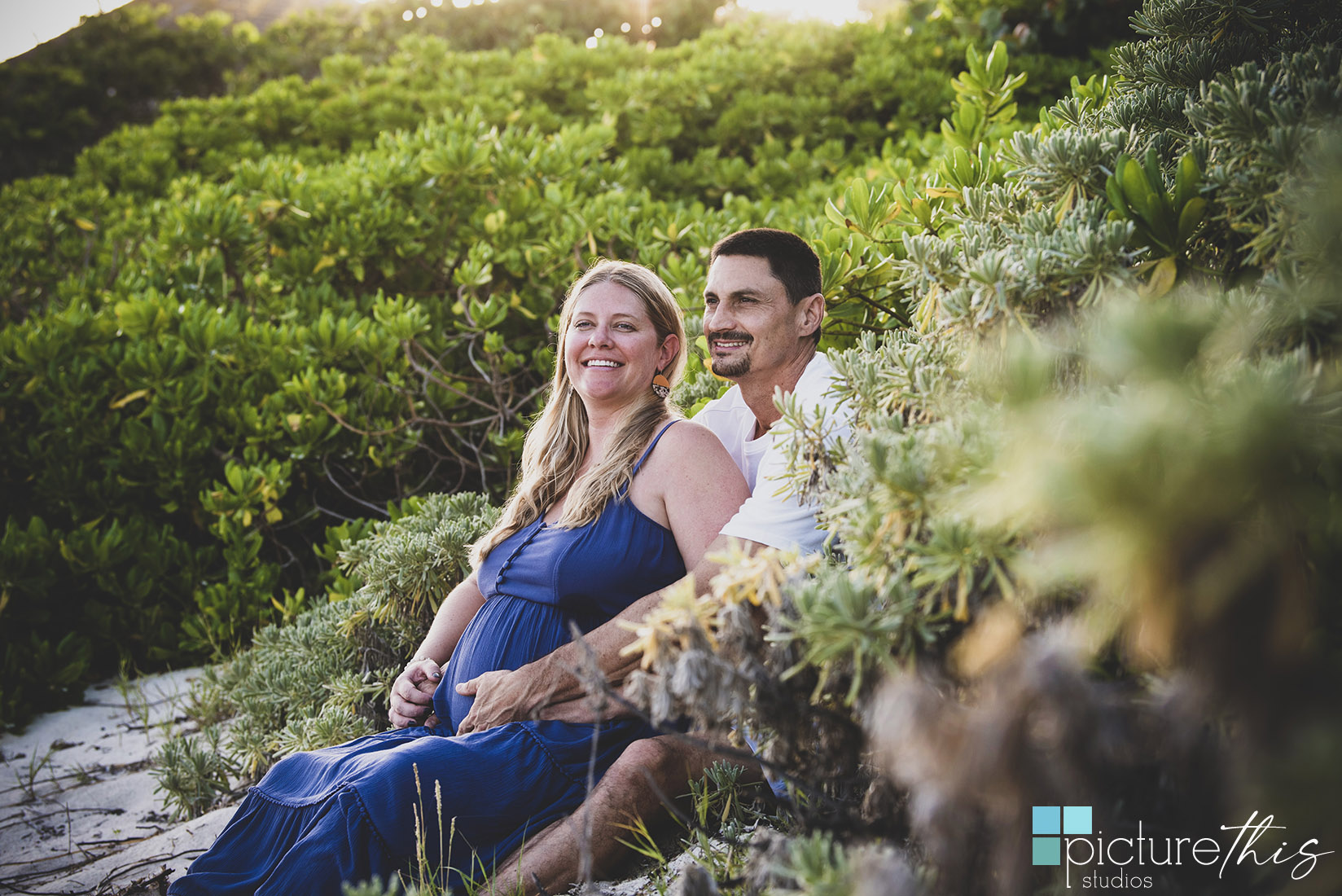 This beautiful couple did their pregnancy portraits in the paradise of Grand Cayman, Cayman Islands with Heather Holt Photography with Picture This Studios.